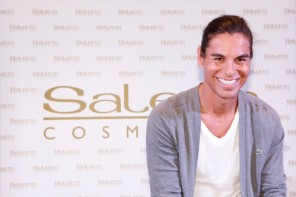 Julio Iglesias Jr apadrina el Hair Studio Center de Salerm