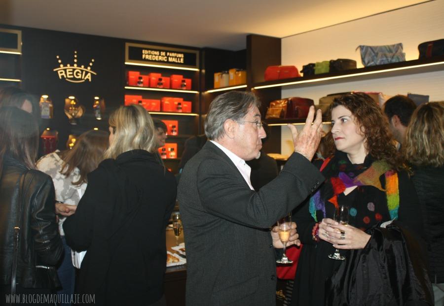 Charlando con Ramón Monegal sobre los perfumes nicho en la inauguración de la tienda