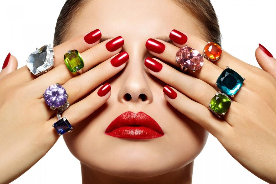 Como distinguir un esmalte de uñas bueno de otro mediocre -