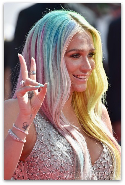 Kesha en la gala de los MTV Video Awards 2014