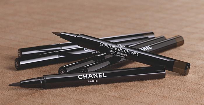 eyeliner_ecriture_chanel