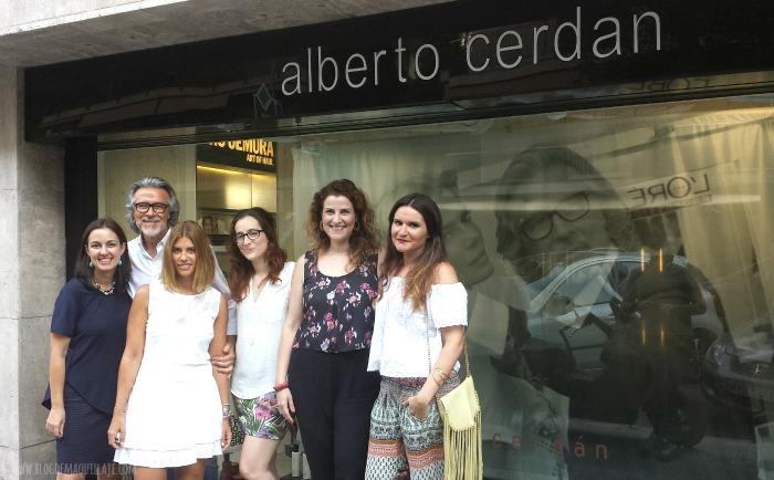 Con Alberto Cerdán y mis compañeras Lourdes de Me Paso el Día Comprando, Jessica de Miss Trendy Barcelona, Aïna de Inexperta y Laura Herder.