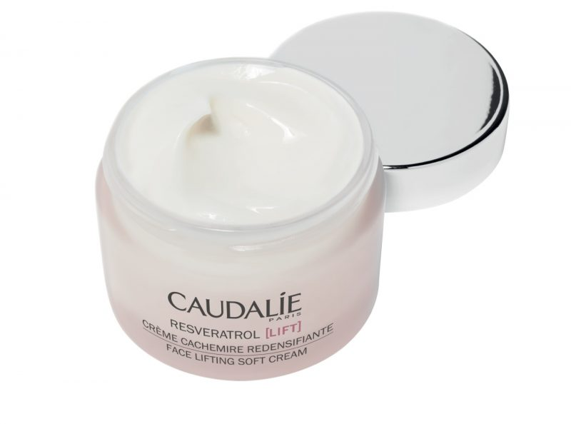 caudalie-resveratrol-lift-creme-cachemire-rendensifiante-face-lifting-soft-cream-open