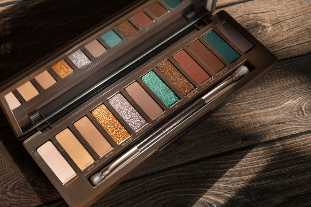 Paleta de sombras Naked Wild West de Urban Decay