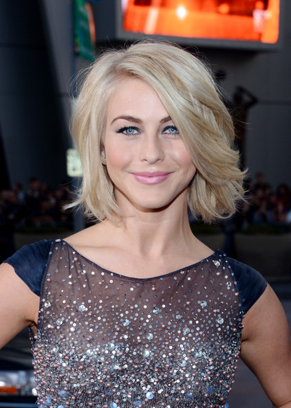 Julianne Hough en la gala de los People's Choice Awards 2013