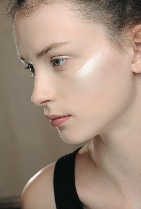 Maquillaje MAC para Issey Miyake